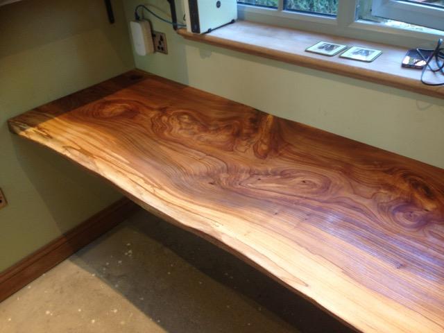 Beautiful desk made from an Elm plank 1